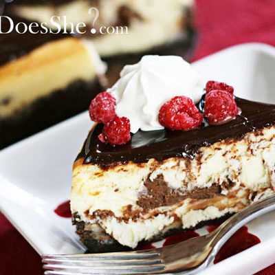 HowDoesShe Master the Art of Cheesecake?
