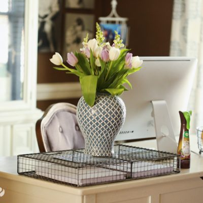 Turn Your Work Space into Your Personal Paradise