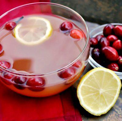 Tis the Season to Eat Cranberries!