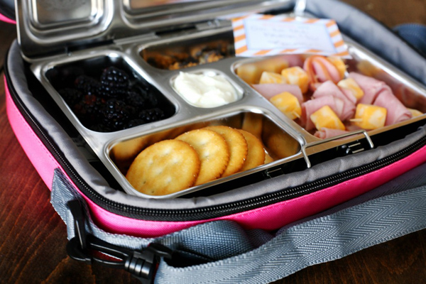 Easy lunch box ideas with healthy lunches kids will actually eat lunch box ideas for kids forumfinder Images