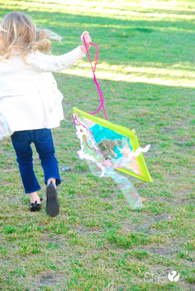 ashley kids diy kite workout (27)