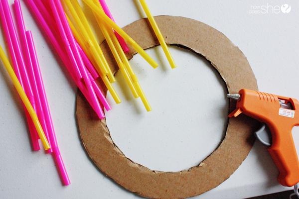 emily straw sunburst frame (3)