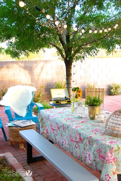 Ashley ordenando el patio trasero (17)