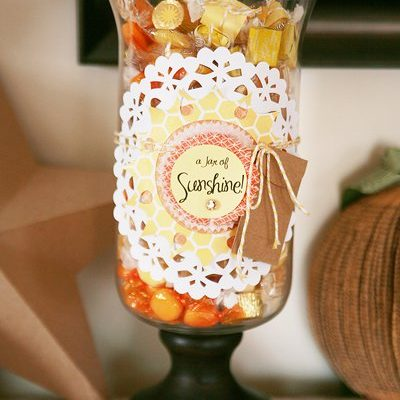 Give Mom a Jar of Sunshine This Year!