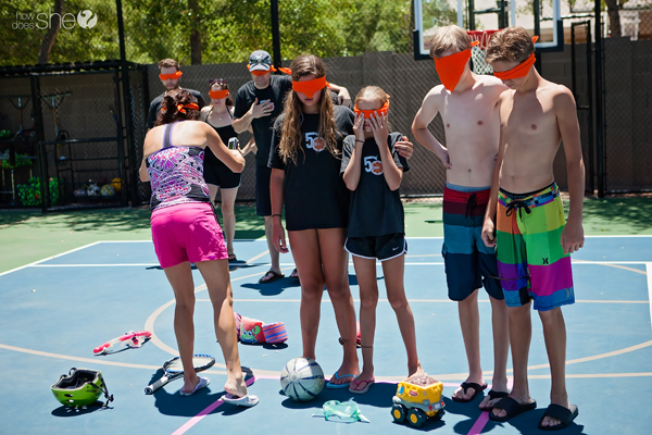 Summer relay games for family reunions