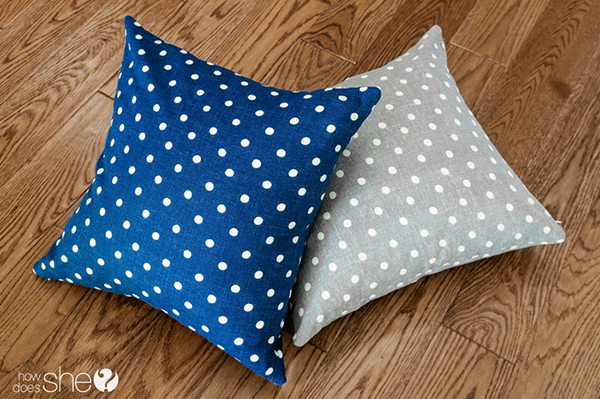 Easy pillows from store bought napkins