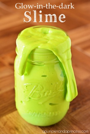 Homemade-glow-in-the-dark-slime