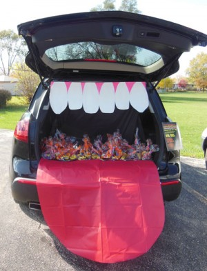 19 Easy And Clever Trunk Or Treat Ideas Have The Best Trunk