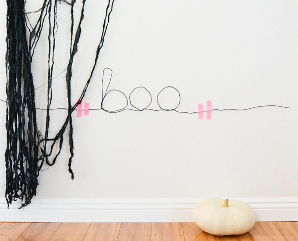 wire-sign-for-halloween