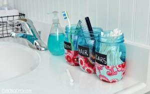 Bathroom-Organizer-Mason-Jars-Tween-craft-@clubchicacircle