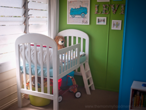 DIY-toddler-loft-bed-from-crib