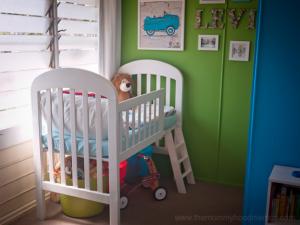 DIY-toddler-loft-bed-from-crib