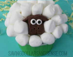 Easter-Lamb-Cupcakes