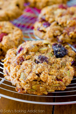 Healthy-Breakfast-Cookies-Get-the-simple-recipe-at-sallysbakingaddiction.com-3