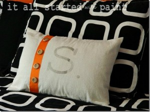 Teen-Room-orange-gray-black-monogram[1]