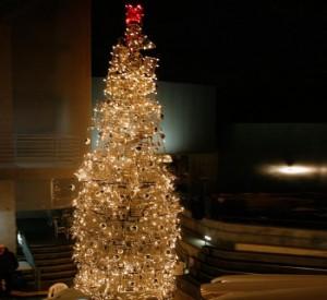 shopping-cart-holiday-tree-4