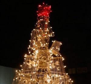 shopping-cart-holiday-tree-7