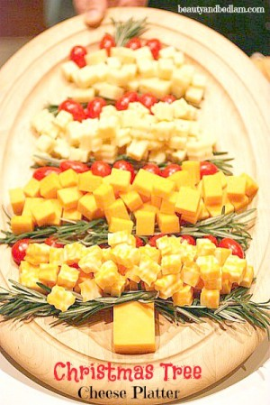 Christmas-Tree-Cheese-Platter-idea-@beautyandbedlam.com_