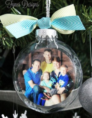 DIY-galss-picture-ornament-450x1024