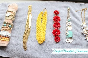 Jewelry-travel-tips-that-work