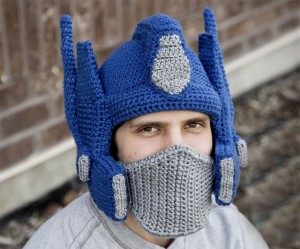 crocheted-optimus-prime-helmet-7291