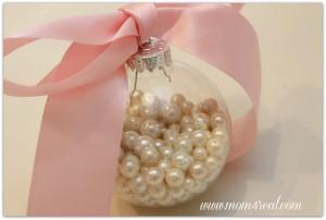 pearlsinglassornament