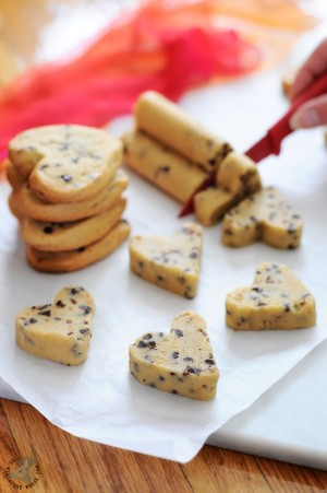 Heart-Shaped-Cookie-Dough-Log-Easy-Way-No-Cookie-Cutters-The-Miniature-Moose-5