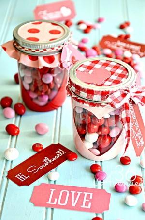 "Mason-Jar-Heart-Valentine ""width ="" 228 ""height ="" 344 ""srcset ="" https://howdoesshe.com/wp-content/uploads/2015 /01/Mason-Jar-Heart-Valentine-300x453.jpg 300w, https://howdoesshe.com/wp-content/uploads/2015/01/Mason-Jar-Heart-Valentine-150x226.jpg 150w, https: / /howdoesshe.com/wp-content/uploads/2015/01/Mason-Jar-Heart-Valentine-166x250.jpg 166w, https://howdoesshe.com/wp-content/uploads/2015/01/Mason-Jar- Heart-Valentine.jpg 464w ""size ="" (max-width: 228px) 100vw, 228px ""/> </p><p style="