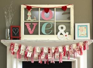 Valentine+Banner+Card+Garland+Mantle