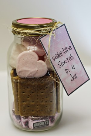 Valentine-Smores-in-a-Jar