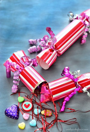 diy-valentines-day-poppers-2