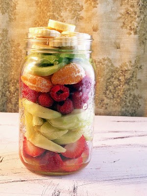 mason jar meal fruit salad