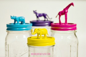mason-jar-gift-idea-animal-topped-jar-zoo-animals