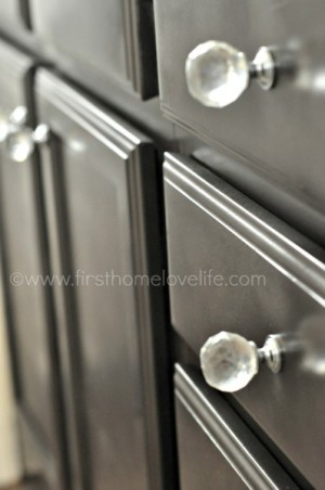 spray_paint_cabinets