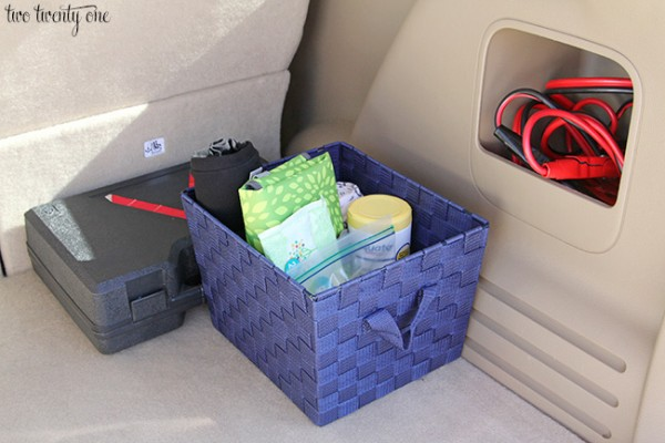 items to have in your car at all times