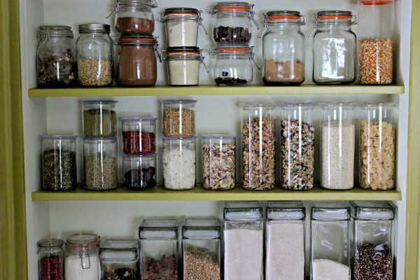 get organized for spring with mightynest win 150 worth of glass storage for your pantry. Black Bedroom Furniture Sets. Home Design Ideas