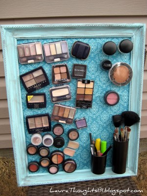 DIY magnetic board for makeup