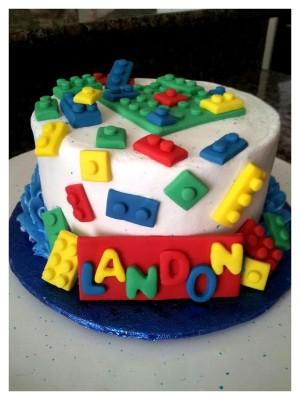264593gk5g_lego-cake_900