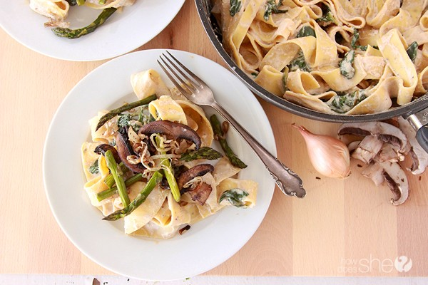 Amazing roasted asparagus mushroom pappardelle - You'll love it. www.howdoesshe.com