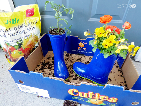 cute rainboot planter tutorial (5)