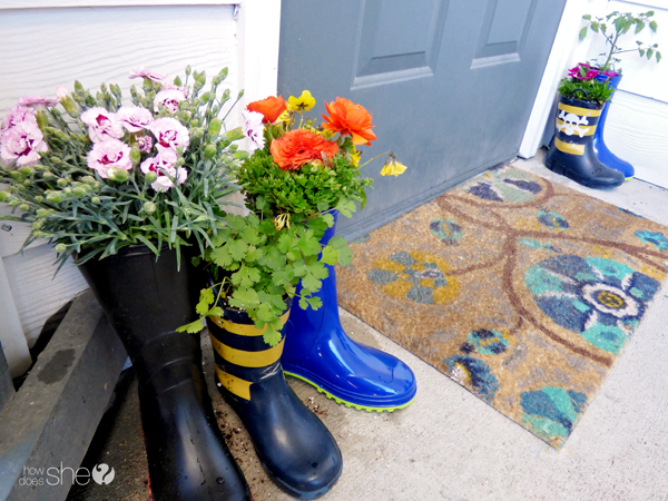 cute rainboot planter tutorial (7)