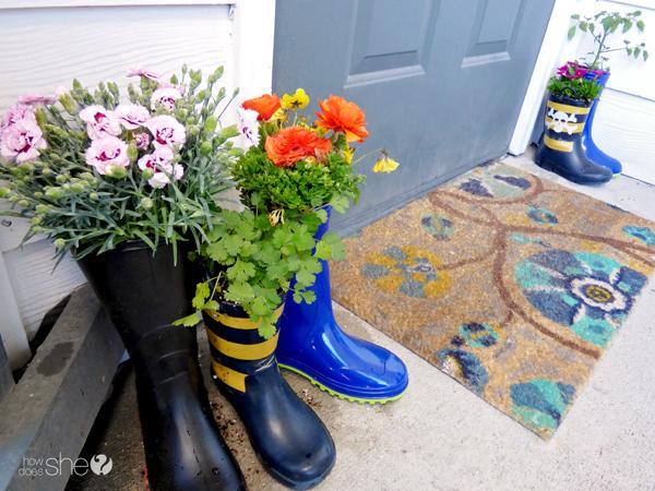 cute rainboot planter tutorial (7)