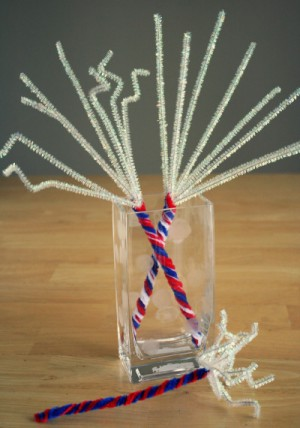 4th-of-July-Pipe-Cleaner-Sparklers