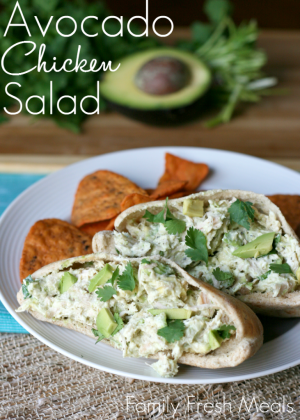 Avocado-Greek-Yogurt-Chicken-Salad-Pita-FamilyFreshMeals.com_-731x1024