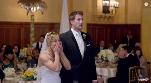 maroon 5 wedding crash