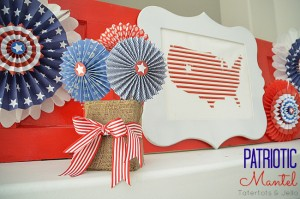 patriotic-mantel-at-tatertots-and-jello1