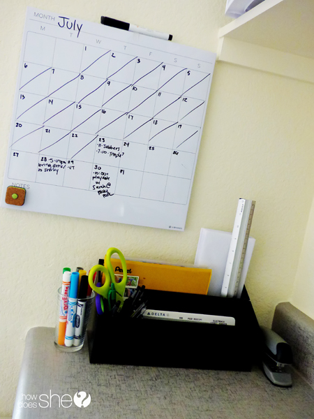 desk organization tips (20)