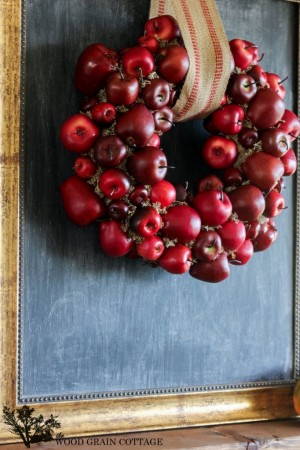 Apple-Wreath-by-The-Wood-Grain-Cottage-11-682x1024