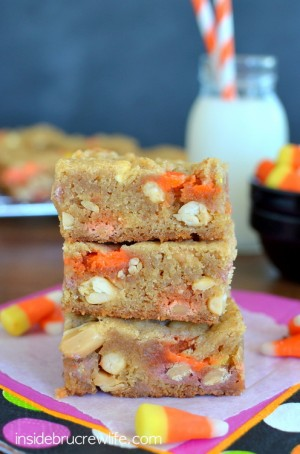 Candy-Corn-Blonde-Brownies-3