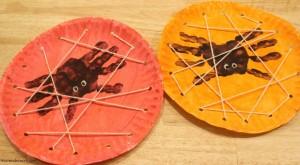 Handprint-Spider-Web-Plates-1024x563